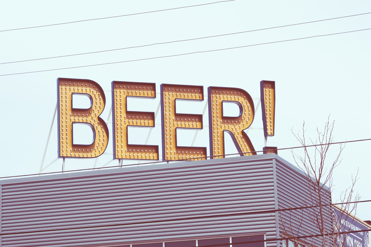 Where to Find Cheap Beers for Under $5: Downtown Vancouver